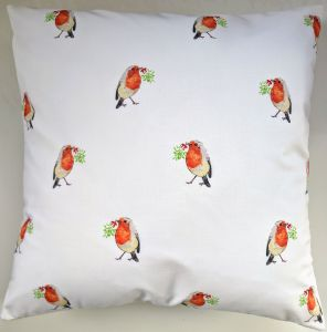 Christmas Robin and Mistletoes Cushion Cover 16""